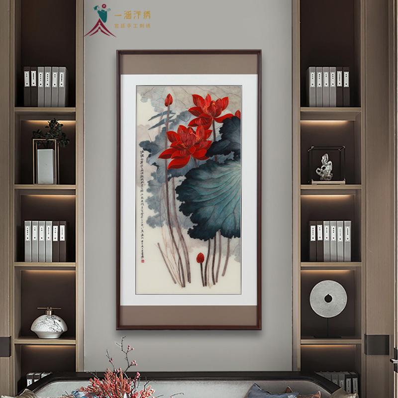 玄关挂画:刺绣荷花图