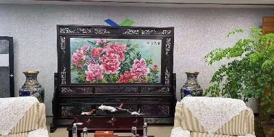 中式刺绣屏风:打造单位会客厅仪式感
