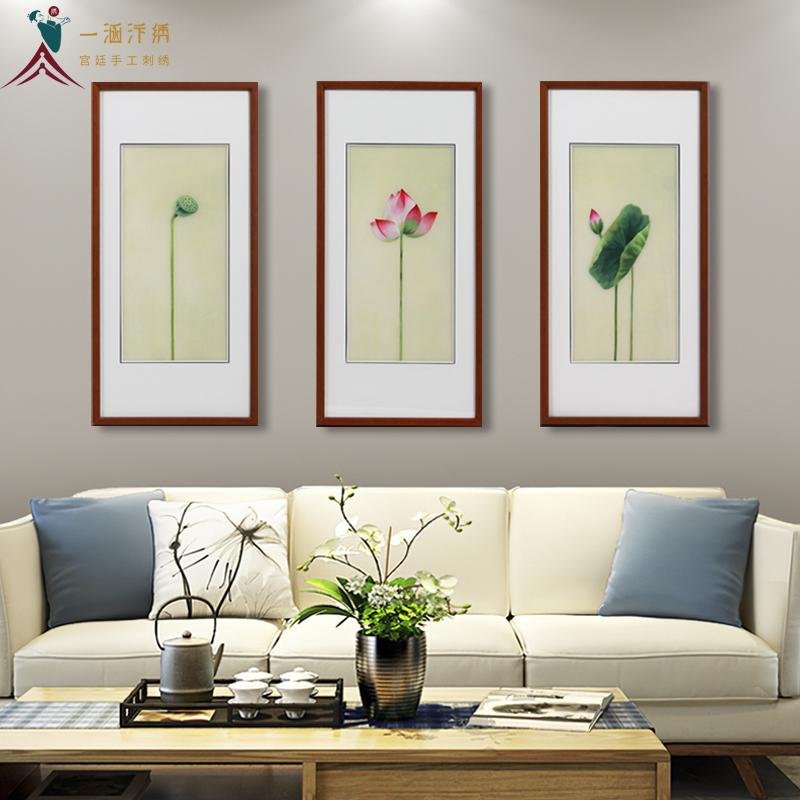 客厅沙发墙装饰画 刺绣荷花三联屏