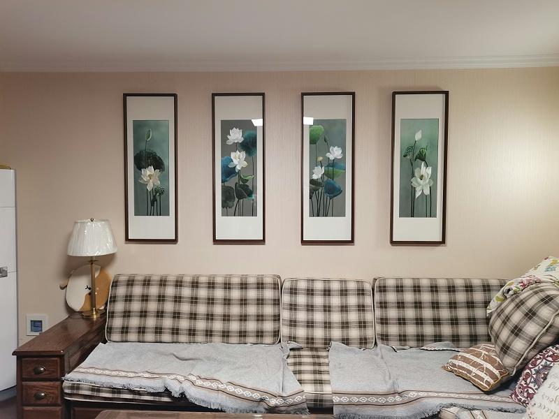 客厅挂画 刺绣荷花四条屏(客户安装效果图展示)