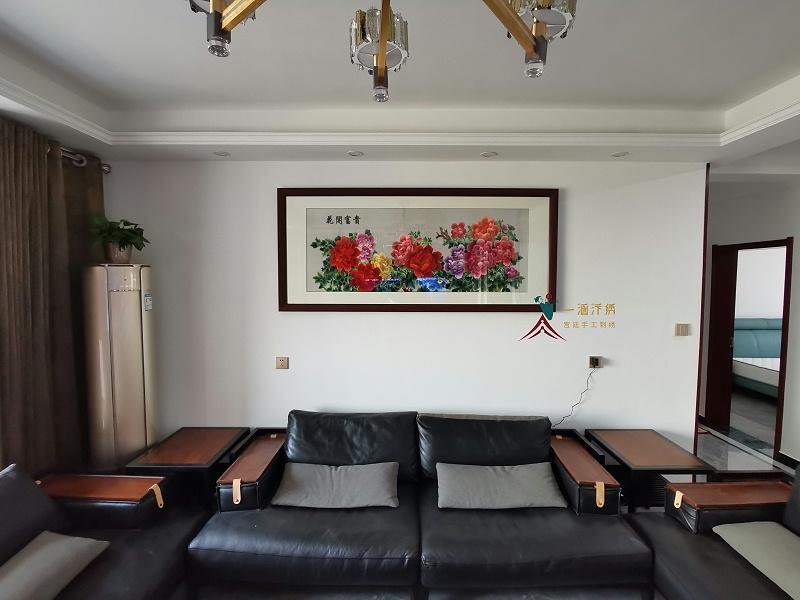 客厅沙发背景墙装饰画 刺绣牡丹图