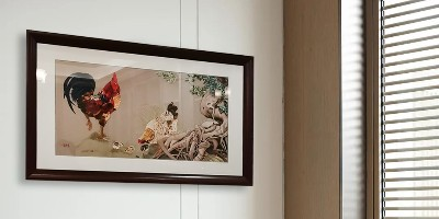 纯手工刺绣公鸡图,富贵吉祥装饰画,欢乐一家亲,尽享天伦。