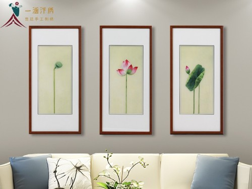 客厅装饰画 刺绣荷花三联屏